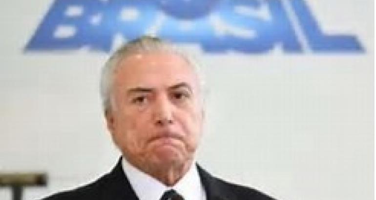 noticia Politicagem x Povo Brasileiro
