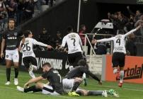 noticia Timão vence com gol salvador de Jô