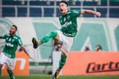 noticia Palmeiras vence o São Paulo e afunda o rival na zona de rebaixamento