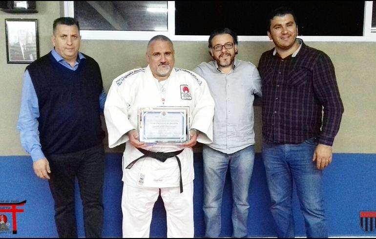 noticia Sensei Gilberto T. Freitas da Academia Pissarra recebe título de cidadão Mairiporanense