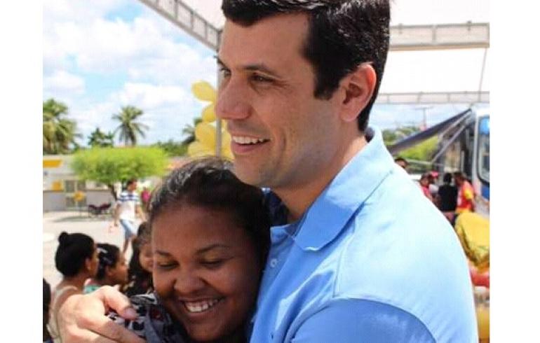 noticia Prefeito Hugo Wanderley de Cacimbinhas Alagoas confirma projeto de 1 milhão de Reais para construção de unidade de saúde, escola, praça e demais obras