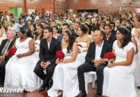 noticia Prefeito de Louveira  Junior Finamore e sua esposa Marlene Montelato apadrinha de 33 casais no 2º Casamento Comunitário.