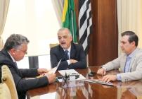 noticia Prefeito de Louveira  é recebido no gabinete do Vice-Governador Marcio França acompanhado do Deputado Federal Luiz Lauro Filho para discutir implantação de Universidade no  município.