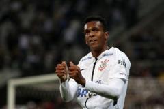 noticia Corinthians vence mais uma e segue líder