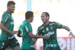 noticia Palmeiras vence Ponte Preta fora de casa