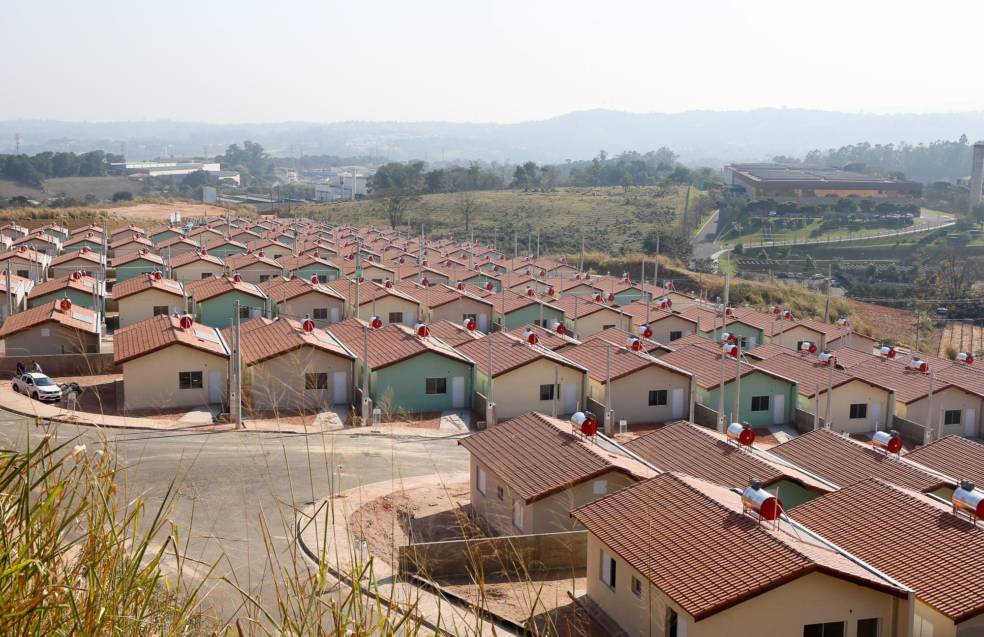 noticia Prefeito apresenta mais um conjunto habitacional para Louveira: O popular V