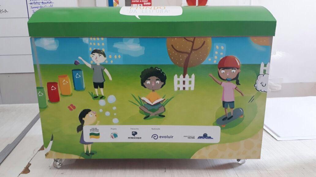 noticia Evoluir entrega 700 livros a escolas públicas de Cubatão em projeto de incentivo à leitura