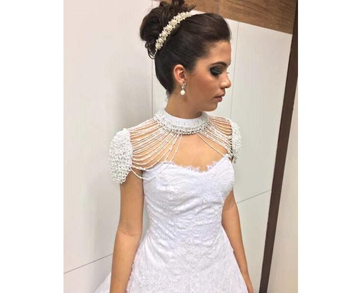 noticia Discrição e elegância valorizam a beleza da Miss de Cacimbinhas Katarinne Farias