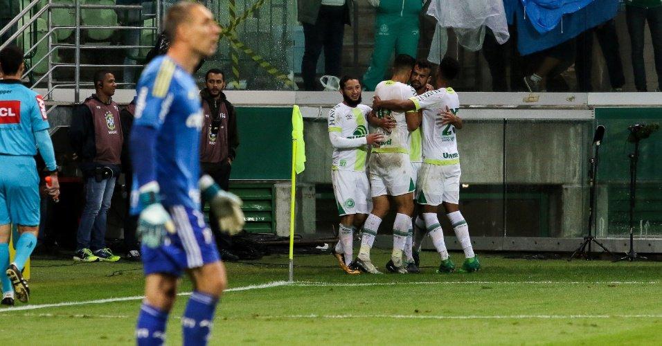 noticia Palmeiras perde e é vaiado pela torcida