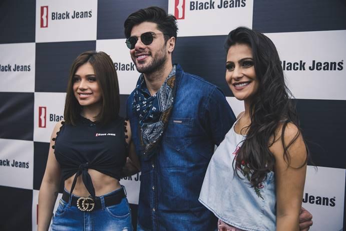 noticia BLACK JEANS lança coleção verão 2018 com a presença do modelo e ex BBB Renan Oliveira