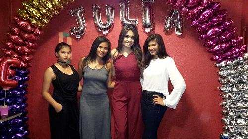 noticia Celebridades marcam presença no aniversário da Miss Teen Terra Brasil Biquíni 2017 Julia Hemza