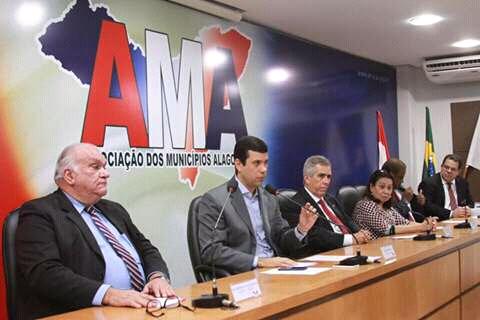 noticia Hugo Wanderley, poderá ser o próximo governador de Alagoas.